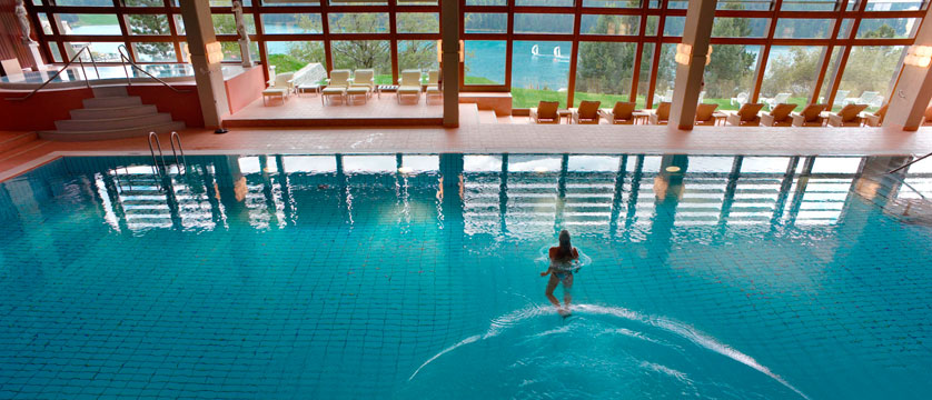 Switzerland_St-Moritz_Hotel-Kulm_Indoor-pool.jpg